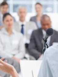 8 вопросов, на которые нужно ответить, выбирая ведущего на мероприятие